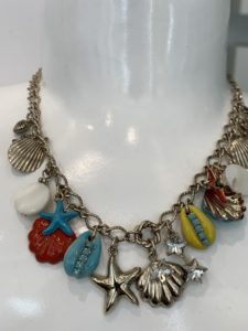 Collana turchese con charms
